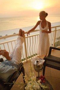 Куда поехать в медовый месяц весной?
