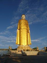 Самые высокие статуи мира: Лечжун сасачжа