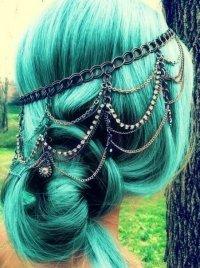 Тренды 2013 года: мятные волосы