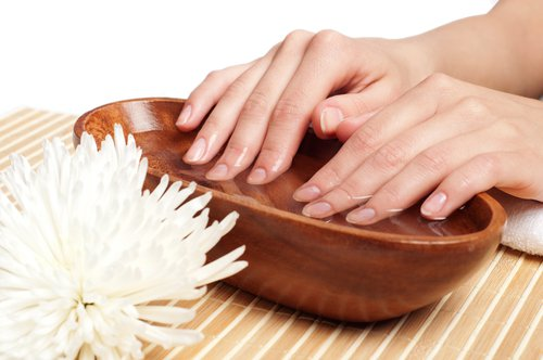 Несколько ванночек для здоровья ногтей