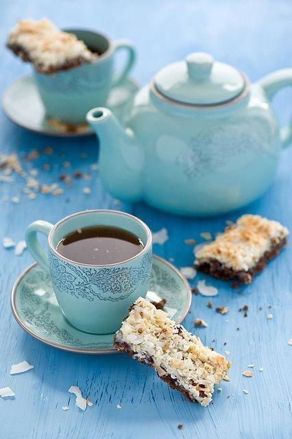 Как на вкус чая влияют другие продукты