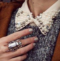 Жук на пальце: аксессуар для смелых девушек