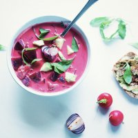 Кокосовый розовый суп