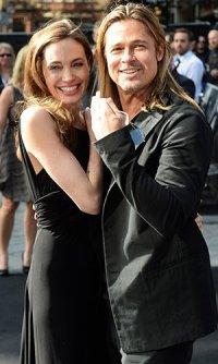 Анджелина Джоли и Брэд Питт на красной ковровой дорожке