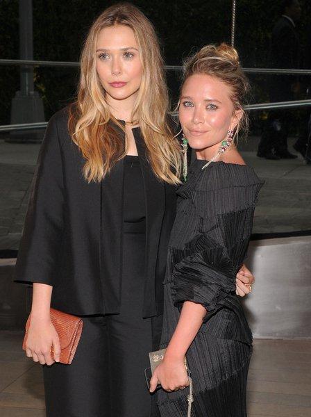 Элизабет и Эшли Олсен на CFDA Fashion Awards