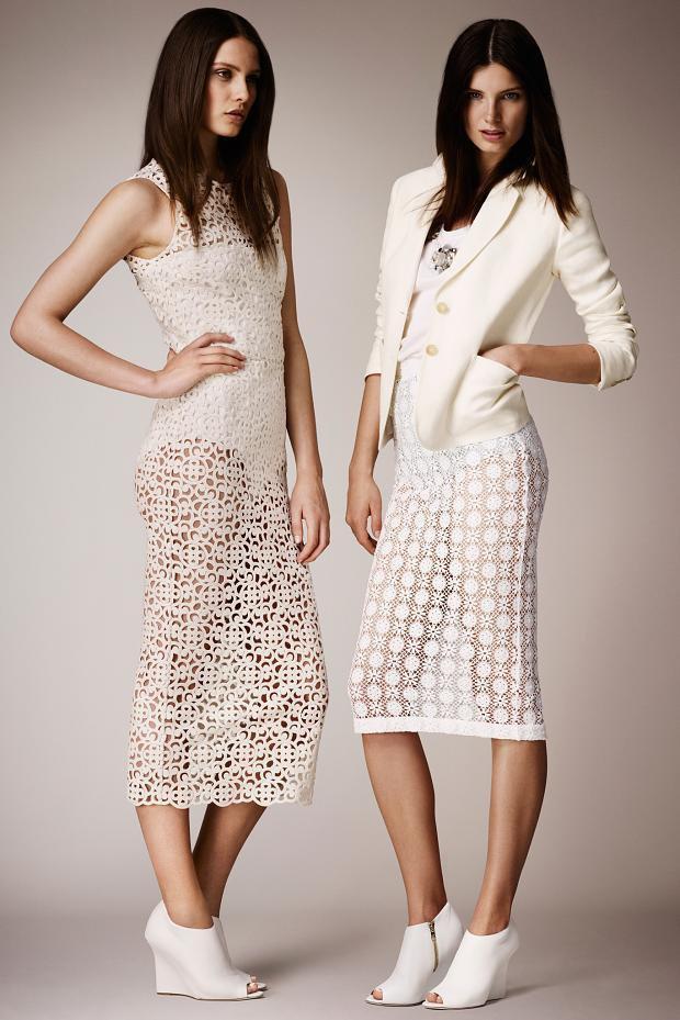 Кружевные платья из круизной коллекции Burberry 2014