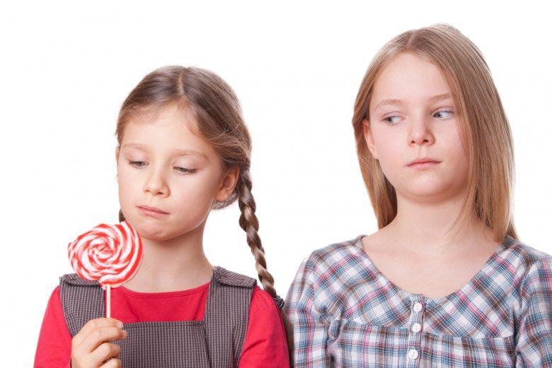 Как бороться с детской завистью