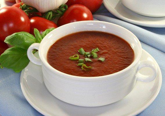 Томатный суп с крабовыми палочками