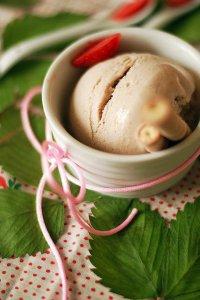 Домашнее клубничное мороженое
