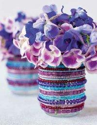 Симпатичная вазочка из бисера и стакана
