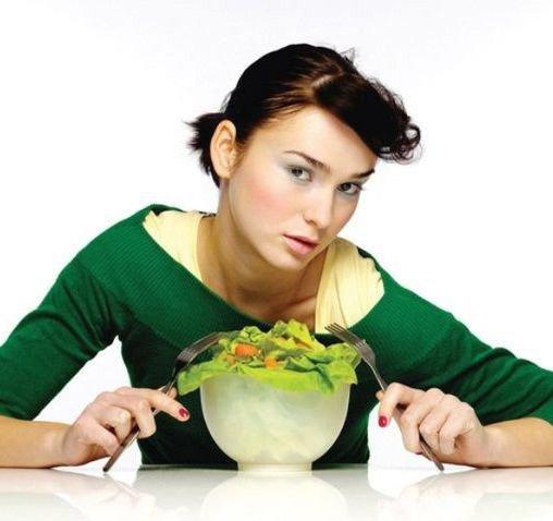 Как не переедать во время ужина