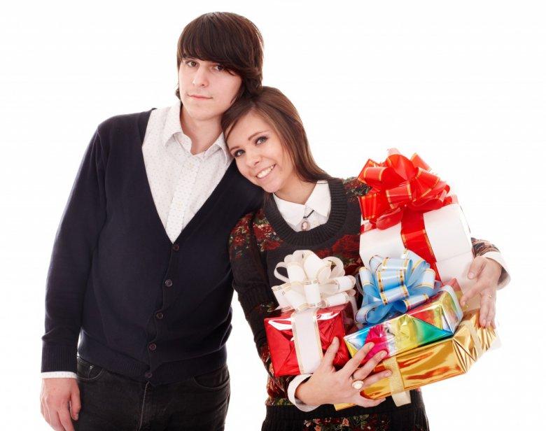 Что можно дарить молодоженам?