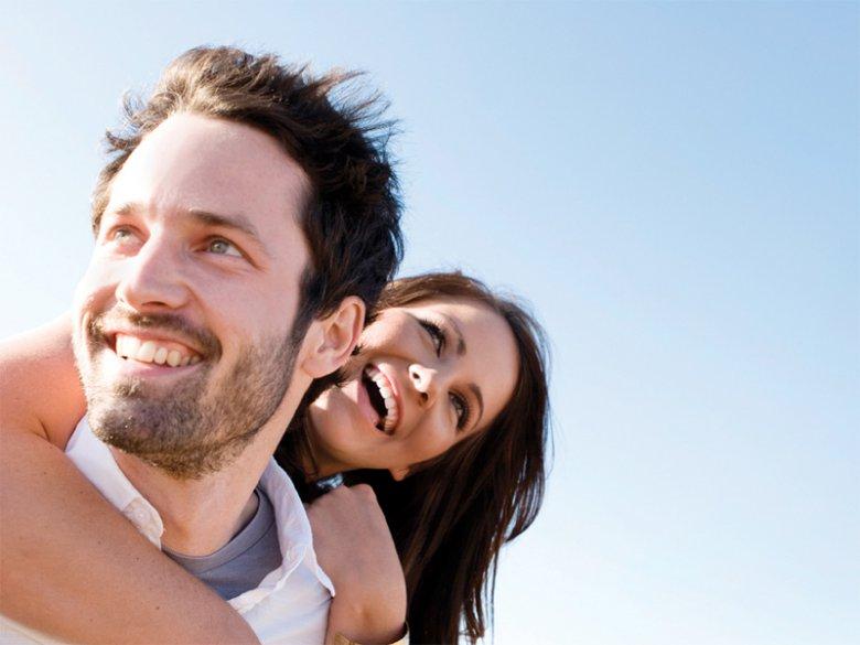 Сложный график работы супругов: как приспособиться?