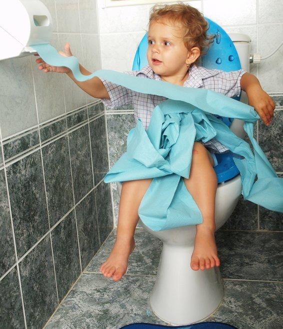 Пищевое отравление у ребенка: причины и симптомы