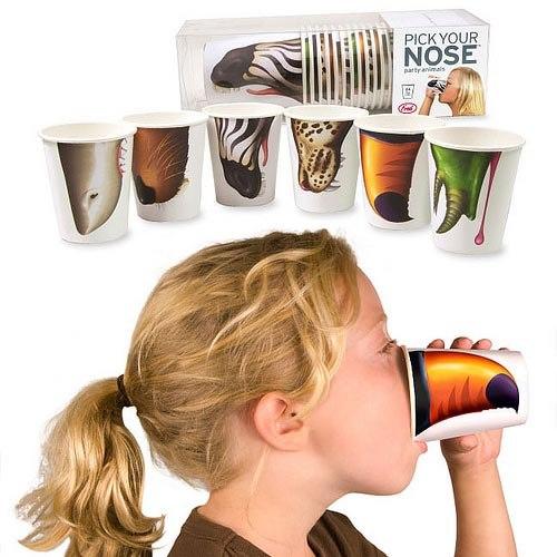 «Животная» жажда: смешные бумажные стаканы