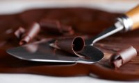 Украшение шоколадом: шоколадная стружка