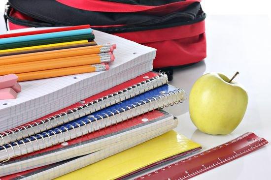 Собираем ребенка в школу: что нужно из самого необходимого?