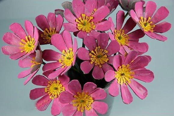 Цветы из упаковки для яиц