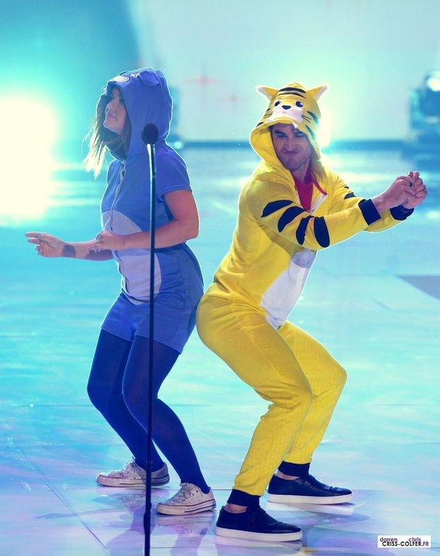 Даррен Крисс и Люси Хейл зажигают на Teen Choice Awards 2013