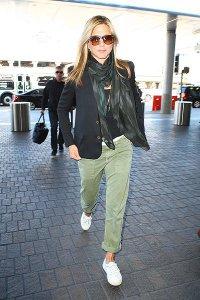 Дженнифер Энистон перенесла самолет из-за Анджелины Джоли