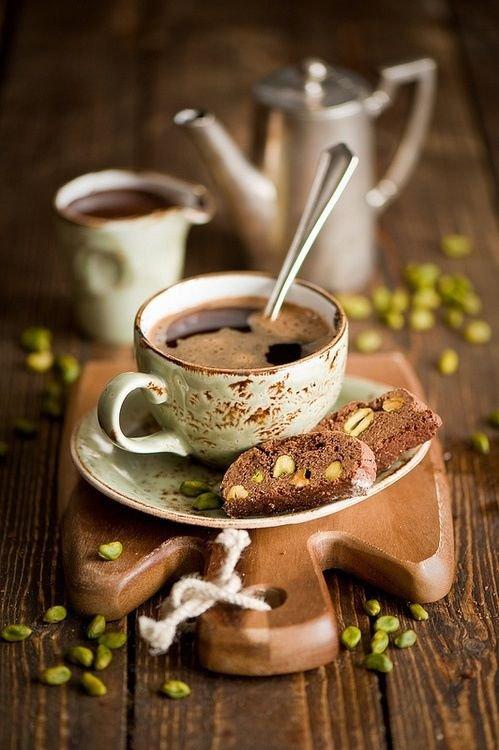 Вкусные добавки к кофе: как изменить привычный вкус напитка?