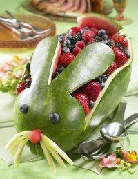 Карвинг по арбузу, или как можно подать ягоды на стол