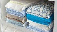 Способ хранения постельного белья в шкафу