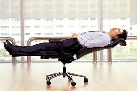Как отдохнуть на работе за 5 минут?