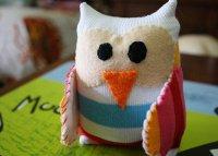 Мягкая игрушка-сова из старой кофты