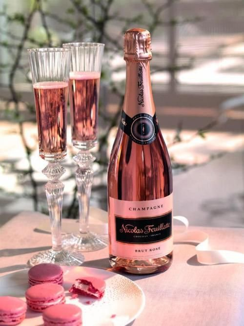 Чем закусывают шампанское?