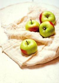 Маски из яблок для волос