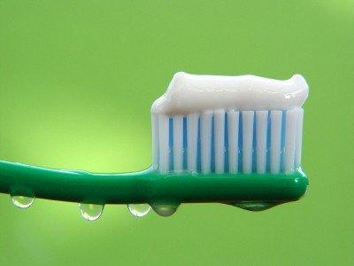 Зубная паста поможет не только зубам