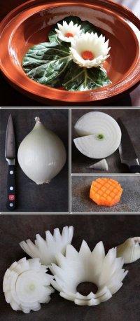 Лилии из лука для украшения блюд