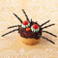 Украшаем капкейки на Хэллоуин: паук