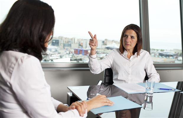 Проблемы с шефом и пути их решения: вам неприятно общаться с руководителем