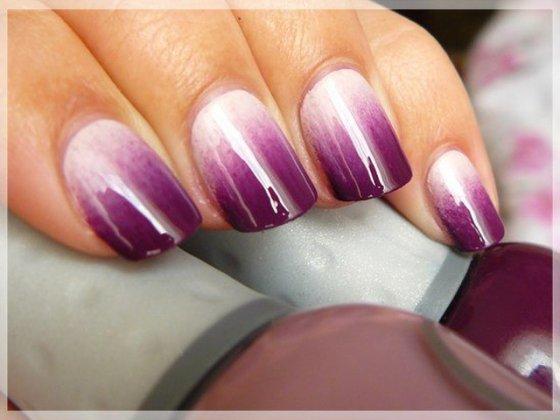 Идея для маникюра: фиолетовый омбре