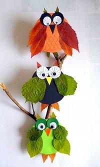 Идея осенней поделки из листьев: совушки