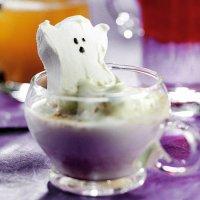 Горячий шоколад на Хэллоуин с привидением