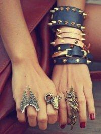В тренде: необычные кольца