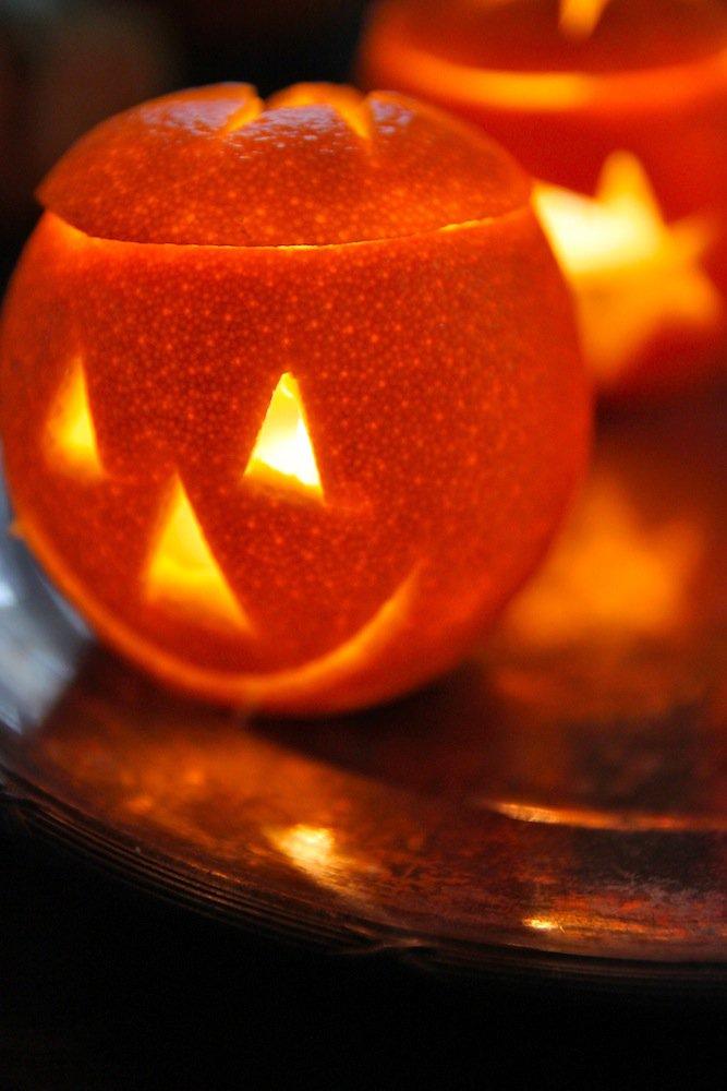 Светильники Джека на Хэллоуин из апельсинов