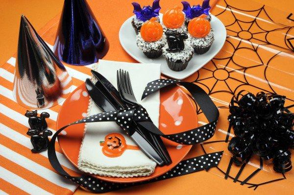 Идея сервировки стола на Хэллоуин