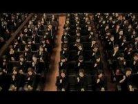 167 японок играют Бетховена