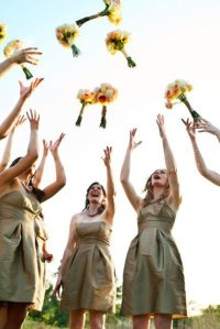 Альтернативы бросанию свадебного букета