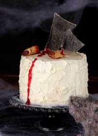 Идея украшения торта на Хэллоуин