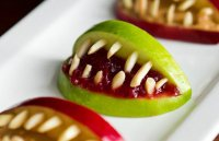 Десерт «Зубы вампира» на Хэллоуин