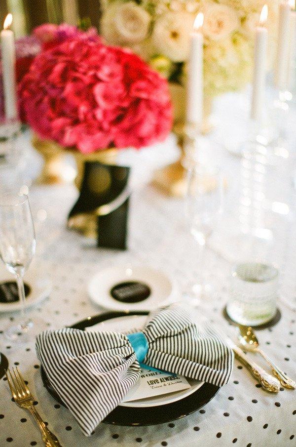 Сервировка свадебного стола: салфетки