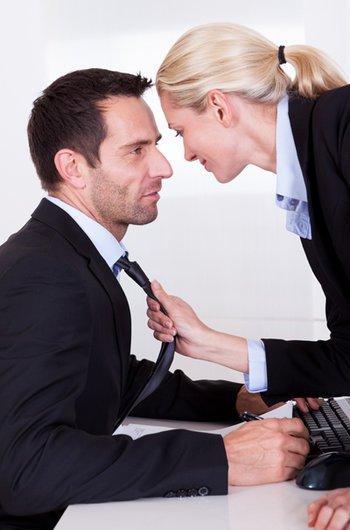 Стоит ли работать на мужа?