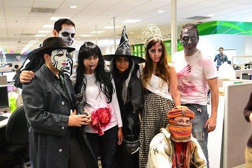 Хэллоуин на работе: как украсить офис и повеселиться с коллегами?