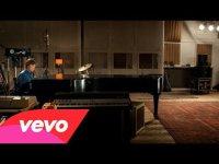 Новый клип Пола Маккартни на песню Queenie Eye
