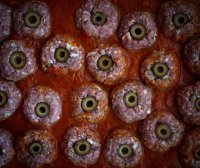 Кровавые глаза на Хэллоуин